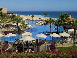 Beachfront Resort Vacations in Cabo San Lucas Mexico