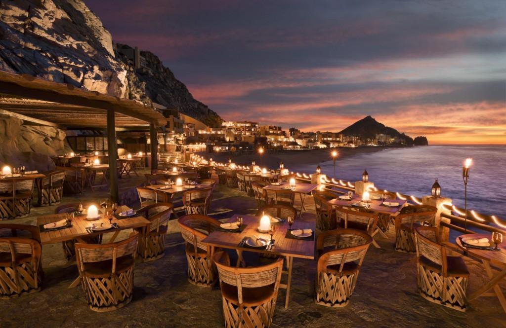 Cabo San Lucas Luxury Beachfront Resorts