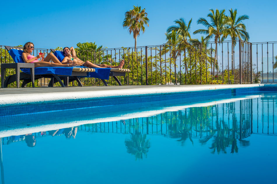 Rooftop pool at Guaycura Boutique Hotel