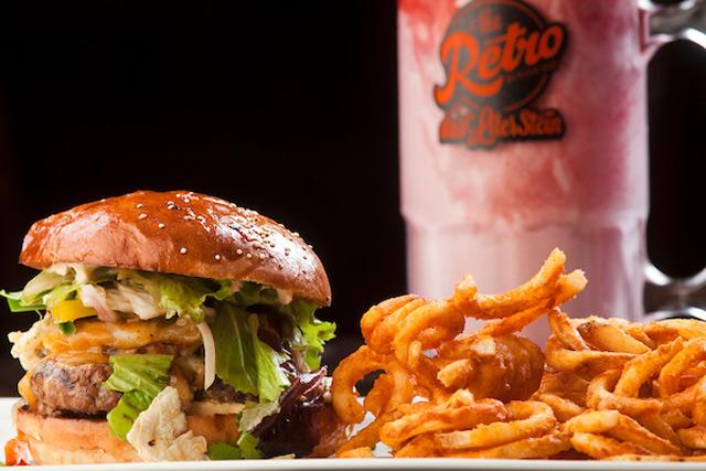 Retro Burger Bar Dining and Restaurants in Cabo San Lucas