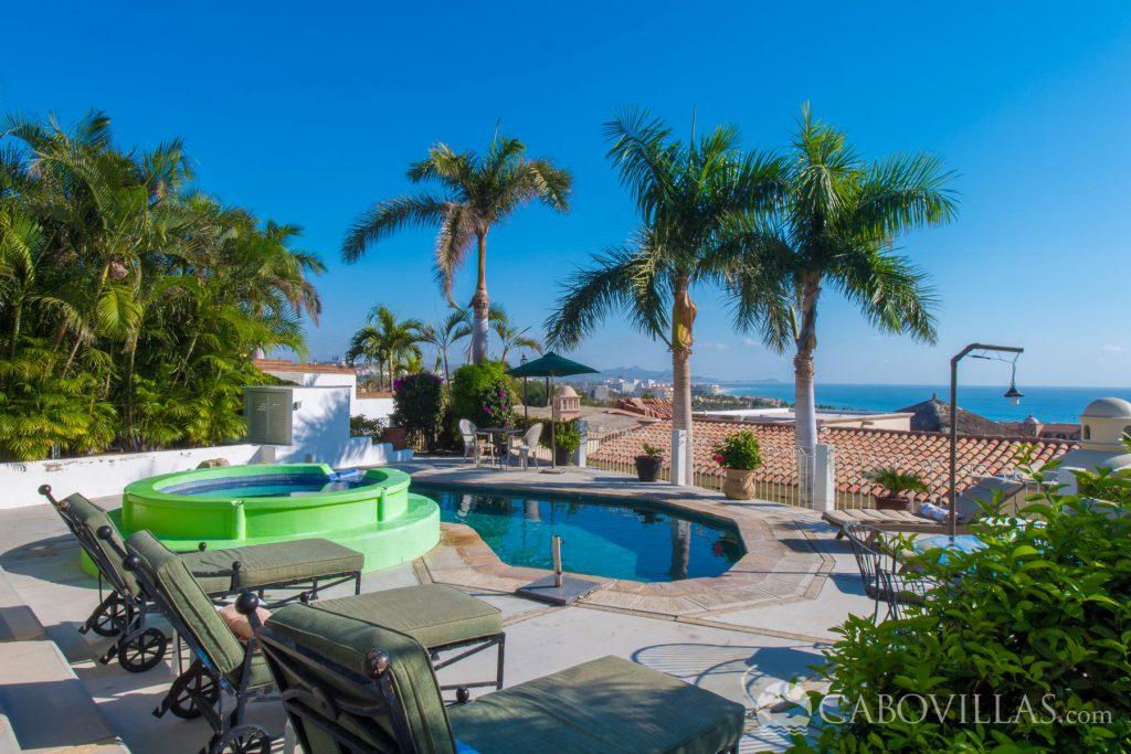 Surfing vacation rentals in Los Cabos Mexico