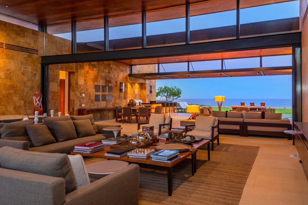 Luxury Los Cabos vacation rental villas for groups